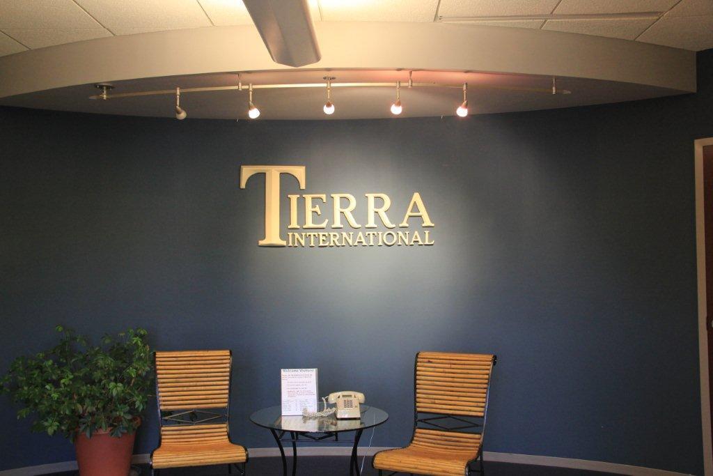 Tierra International thumbnail